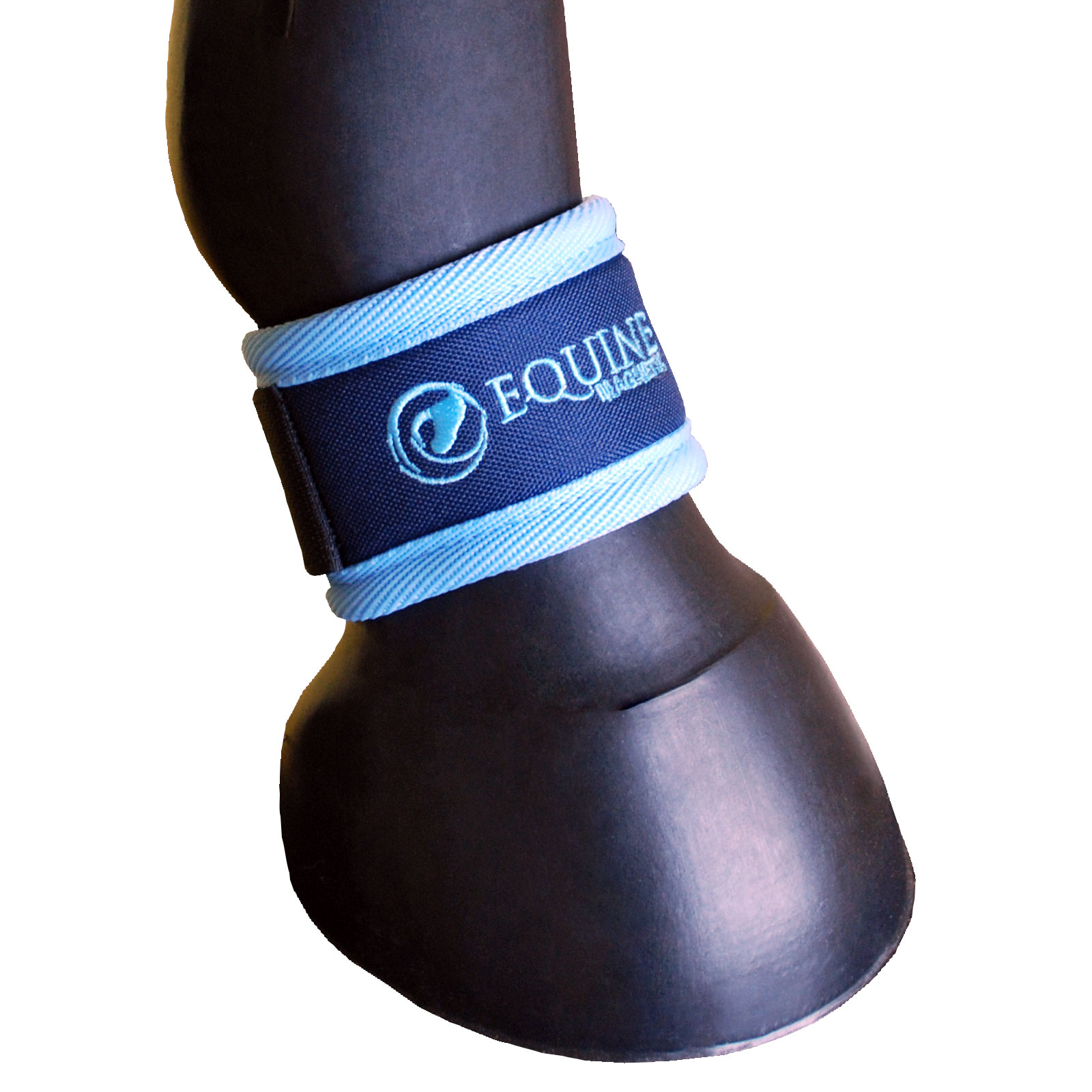 Magnetic ankle boots shown below the fetlock, available in sizes: extra small, small, full, large and extra large